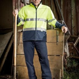 The Syzmik Unisex Hi Vis Taped Soft Shell Jacket is a 100% polyester jacket. Waterproof to 5000mm and breathable. 2 colours. Great branded hi vis jackets.