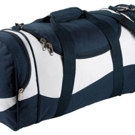 The Legend Life Sunset Sports Bag is available in 3 colours. Heavy Metal Fittings. Capacity of 52 litres. Great branded bags & sports products.