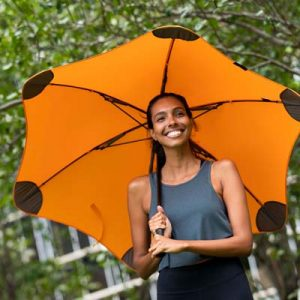 The BLUNT Classic Umbrella is a full size, full length, fully tensioned umbrella. High performance. 10 colours. Great branded corporate umbrellas.