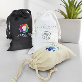 The TRENDS Cotton Gift Bag is a small drawstring gift bag, made from 120gsm cotton.  3 colours.  Great branded gift bags from TRENDS.