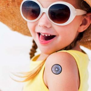 The TRENDS Sunburn Alert stickers are a pack of 4 stickers that alert when sunscreen needs to be reapplied. Full colour branding on packaging.